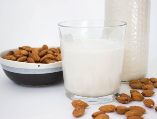 homemade almond milk organic vegan healthy