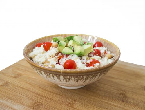 cauliflower rice with avocado, tomatoes and garbanzo beans vegan recipe